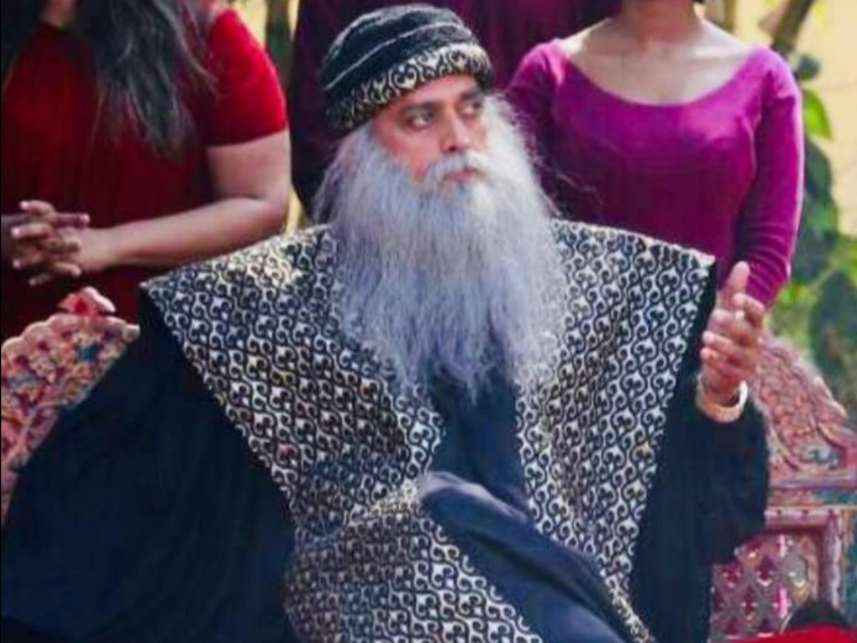 Before Aamir Khan Ravi Kishan will seen as spiritual master Osho Rajneesh in Secrets of Love | आमिर खान से पहले रवि किशन ने मारी बाजी, 'सीक्रेट्स ऑफ लव' में आध्यात्मिक गुरु