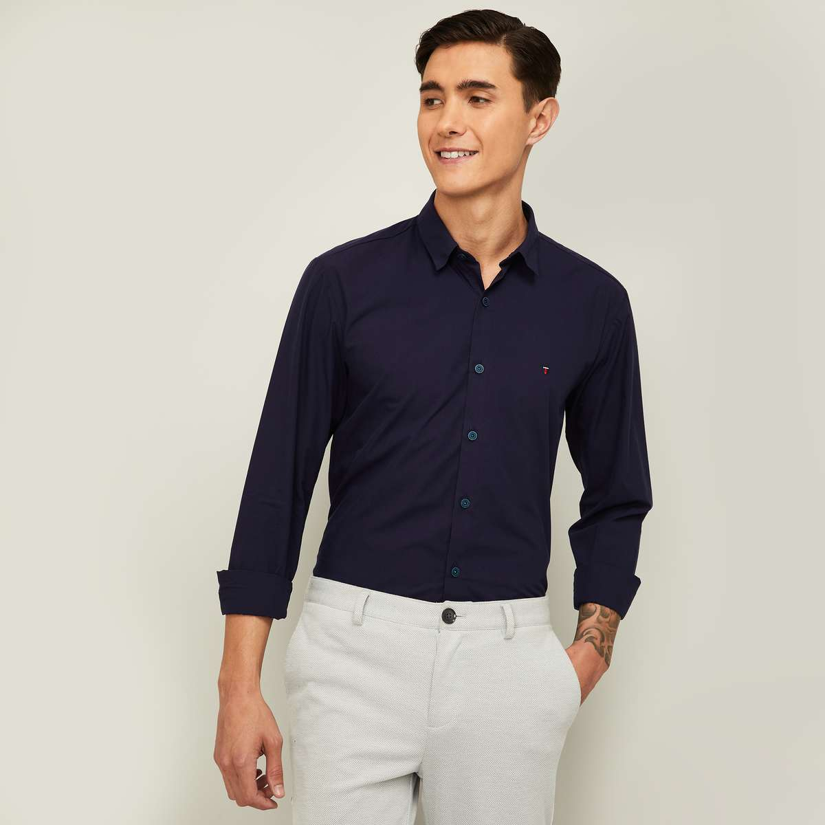 LP SPORT Men Solid Super Slim Fit Casual Shirt