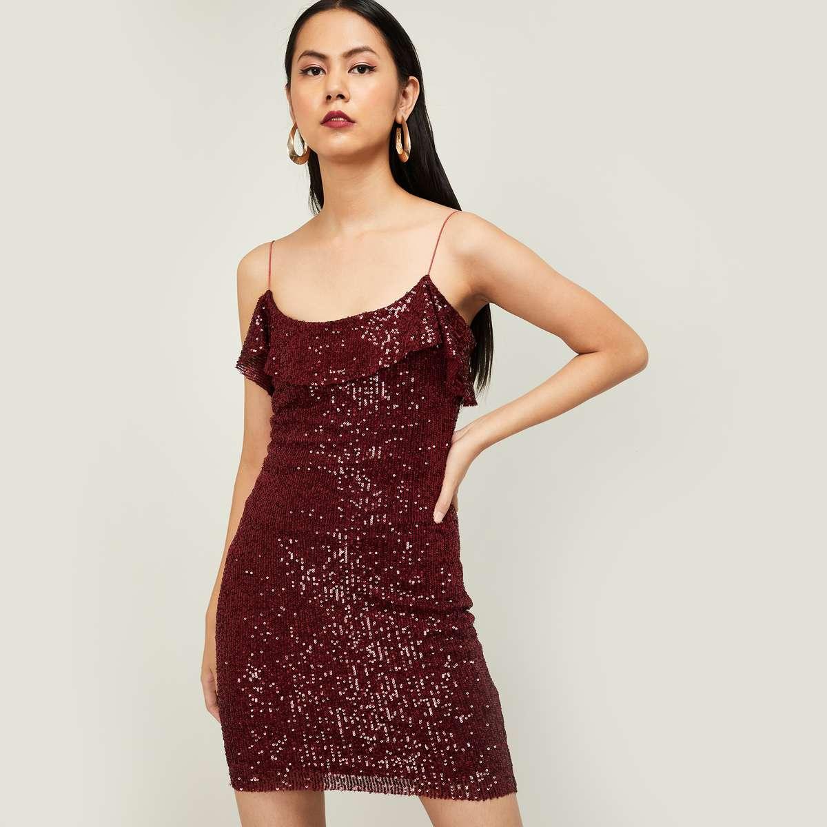 GINGER Women Sequinned Sleeveless Bodycon Dress