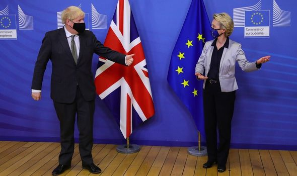 Ursula von der Leyen alongside Boris Johnson after agreeing a pact