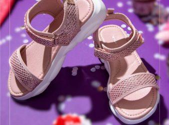 1.FAME FOREVER Girls Textured Sandals