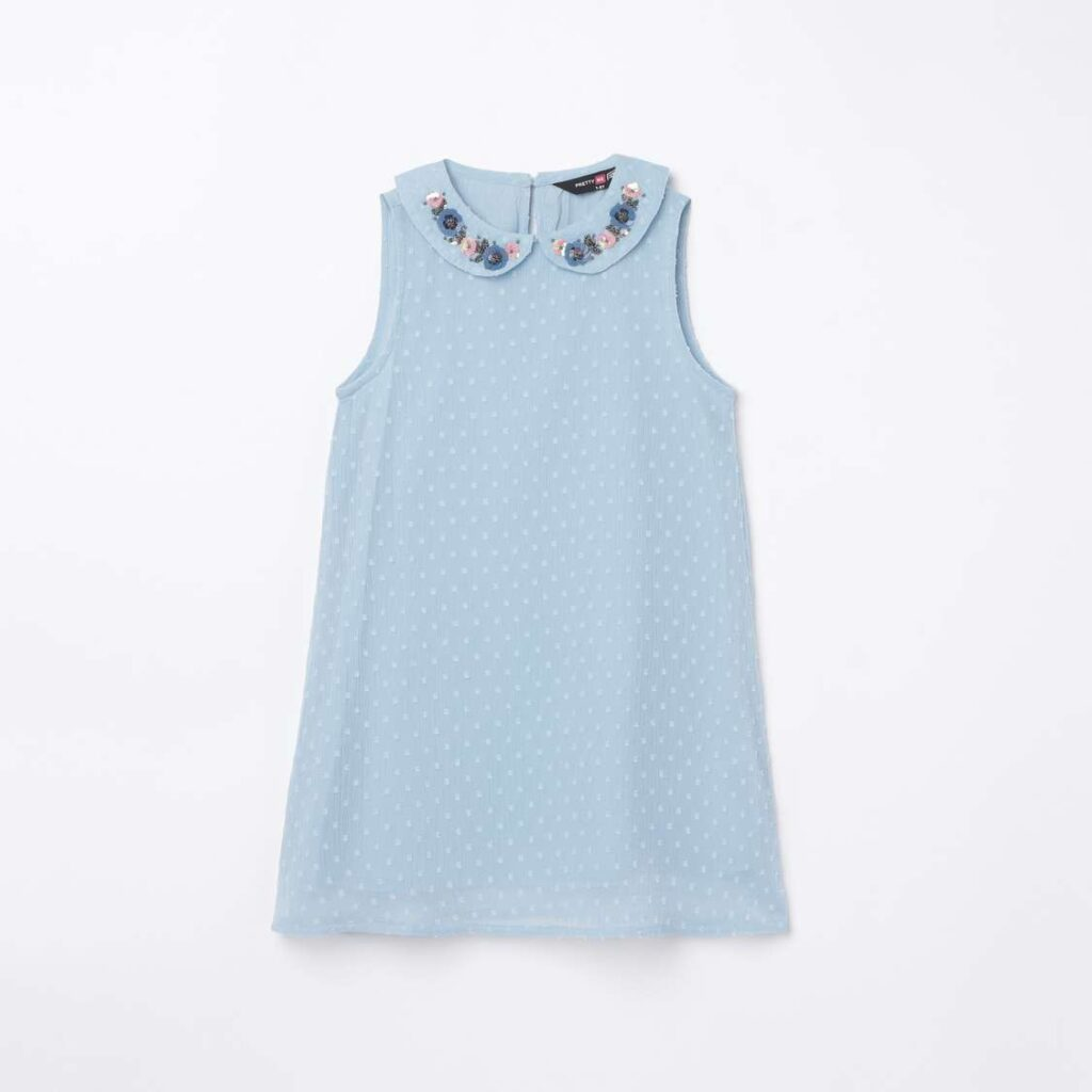 1.PRETTY ME Girls Appliqued Sleeveless Shift Dress
