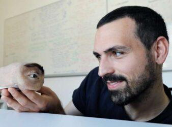 Webcam designed like a human eye: researchers question ubiquitous technology