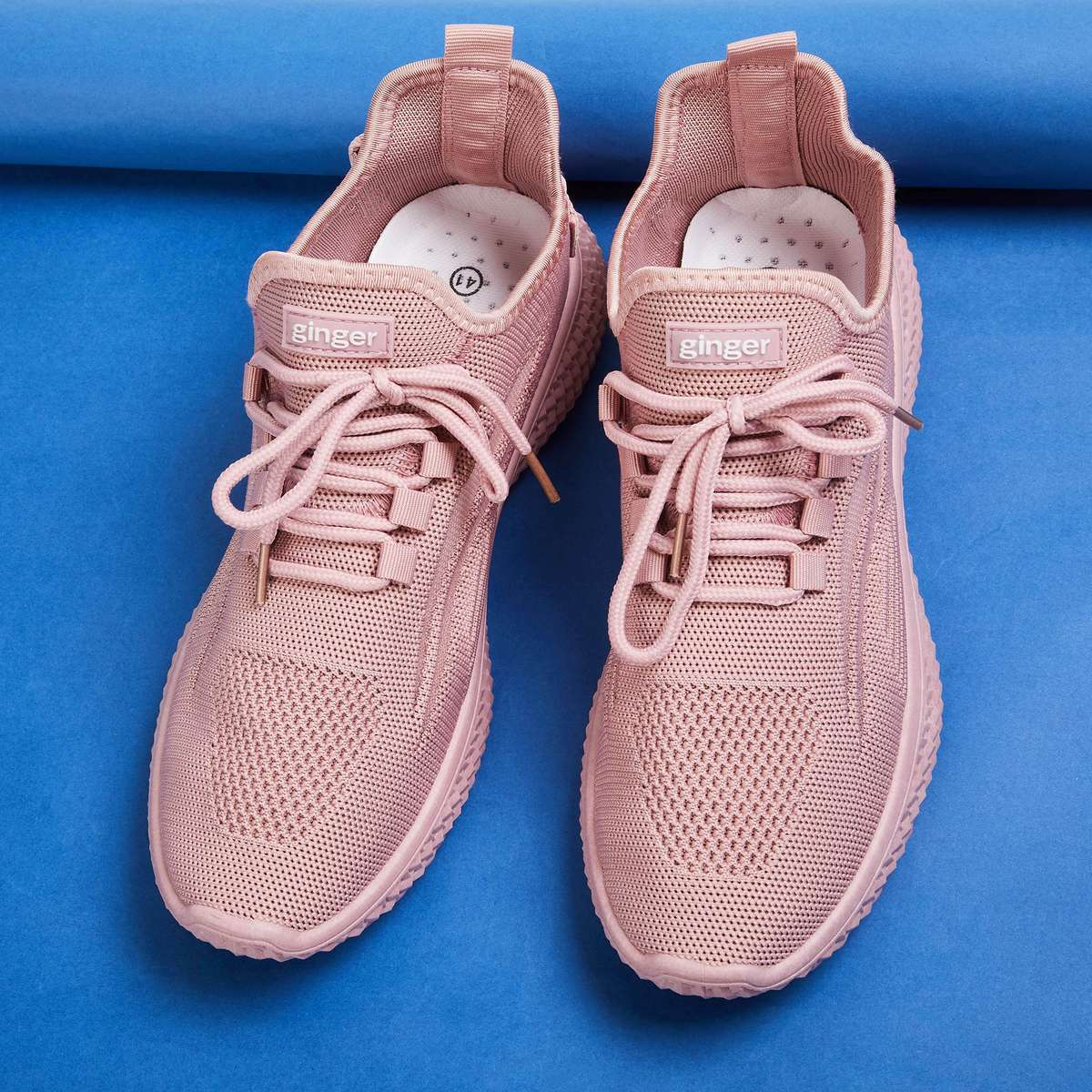 3.GINGER Women Textured Sports Shoes