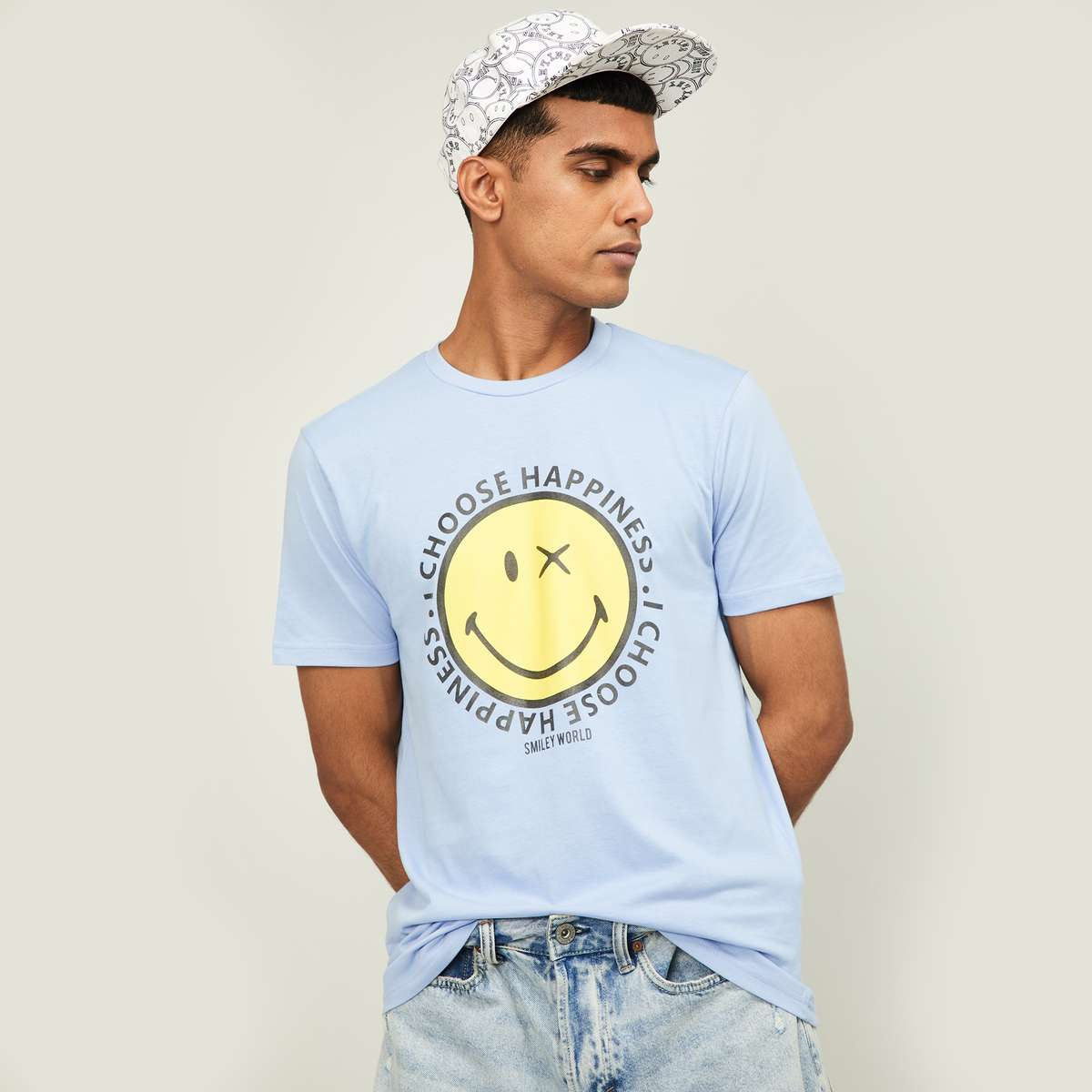 3.SMILEYWORLD Men Typographic Print Regular Fit Crew Neck T-shirt