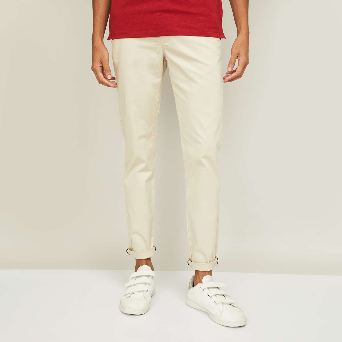 1.FAME FOREVER Men Solid Slim Tapereed Casual Trousers