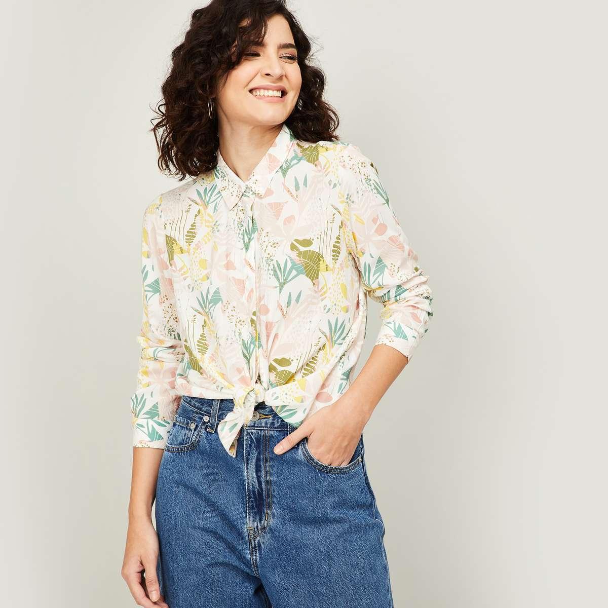 2.VERO MODA Women Floral Printed Regular Fit Shirt