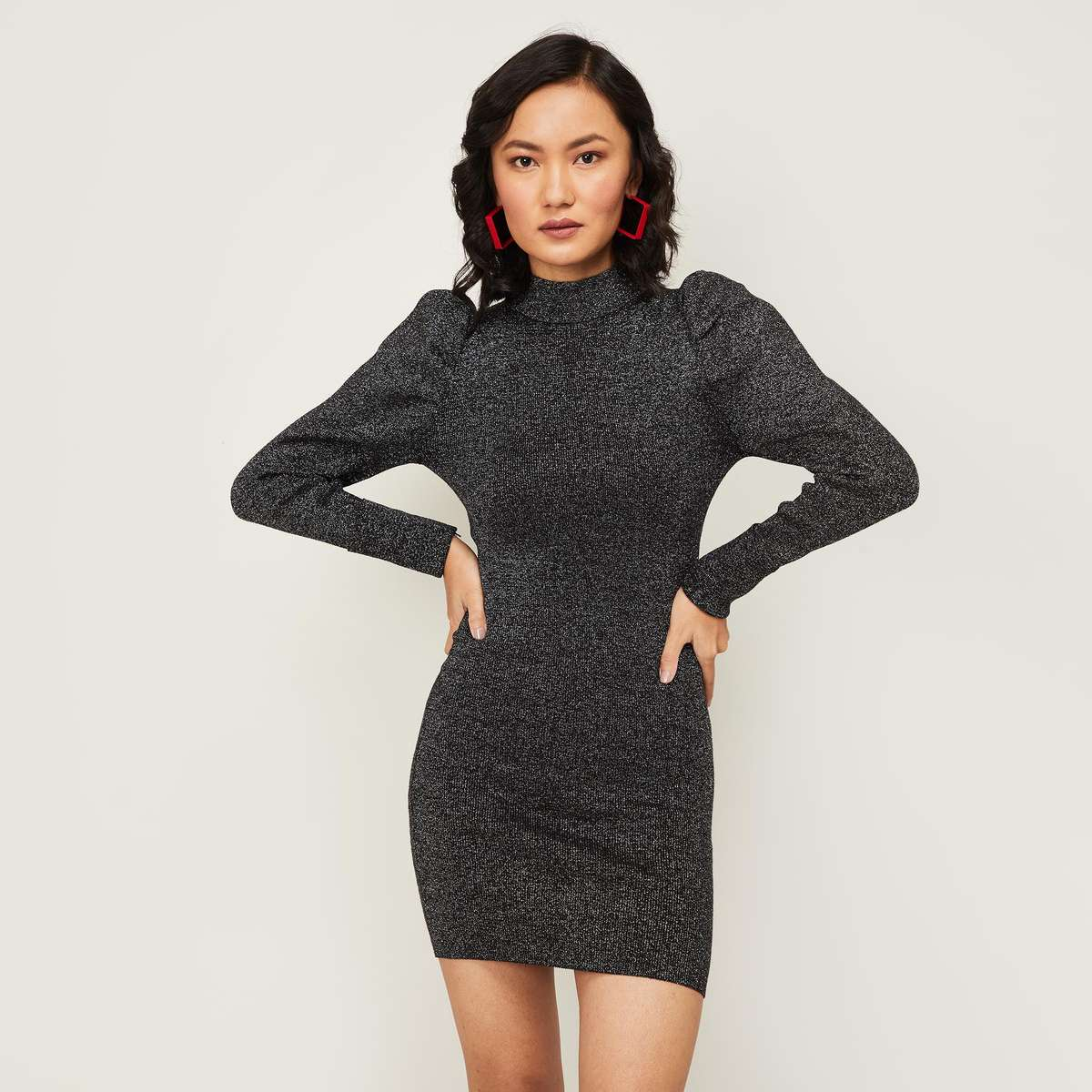 2.GINGER Women Textured Bodycon Dress